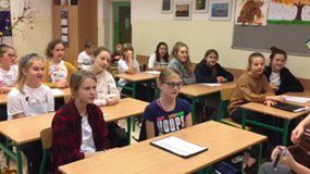 BROTHER JOHN IN POLAND, ROMANIAN,ENGLISH, FRENCH, ITALIAN singing by classroom's Patrycja